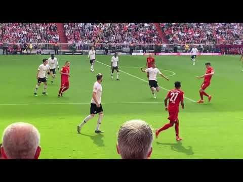 Pin Auf Fc Bayern Fussball