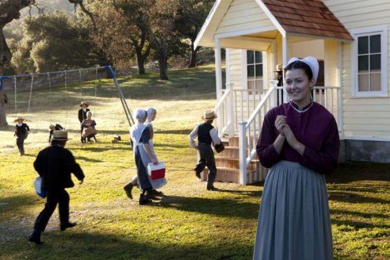 schoolhouse   Amish life   Pinterest