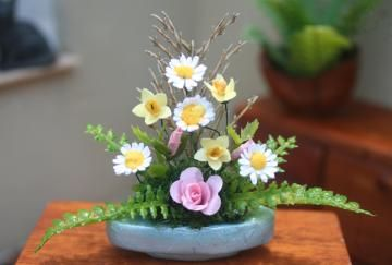 Pretty Pastels Flower Arrangement, 1:12 scale by Tinyhomesandgardens for $35.00