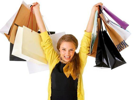 Im Shoppen ganz groß: Kleine Frauen können viel aus ihrem vermeintlichen Defizit…