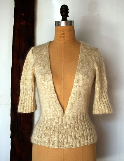 whit's knits: deep v-neck sweater [ never made a sweater before but this one is pretty ]  \\