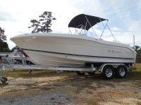 2015 Robalo Boats R200 Center Console