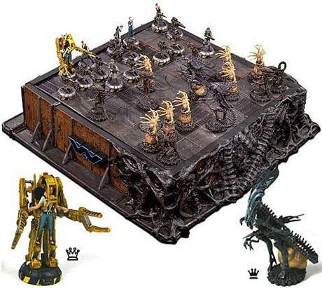 Google Image Result for http://www.neatorama.com/wp-content/uploads/2011/03/movie-chess-board.jpg  Alien chess set