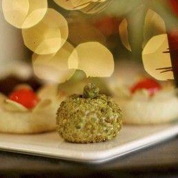 Pistachio Almond Macaroons | Gluten Free | Pinterest | Pistachios ...