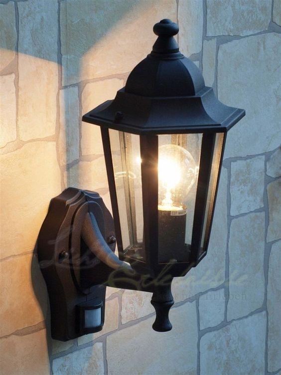 Schwarze Wand- Aussenleuchte mit Bewegungsmelder Sensor 8217 Hoflampe Hofleuchte