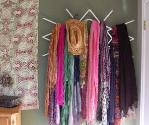 Window Lattice to Scarf Rack