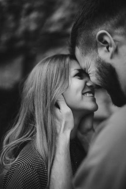 """""""Sonhei com você essa noite, e tava louco pra te contar isso. Passamos dois dias sem se ver, e esses dois dias pareciam dois anos. Te confesso que estou perdidamente apaixonado por você, não esperava por isso, mas aconteceu."""" —  Vercitario, Eu que amo tanto."""