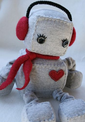 Indie Fixx » Blog Archive » Handmade Holidays – Gifts for the Plush at Heart
