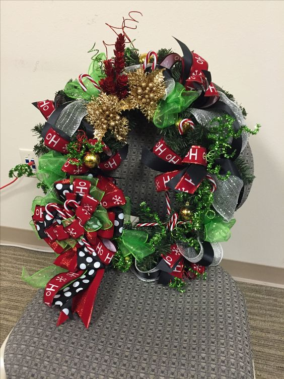 Dr. Seus inspired Christmas Wreath... beautiful mix of patterns and colors. Very fun to make and customer was very happy