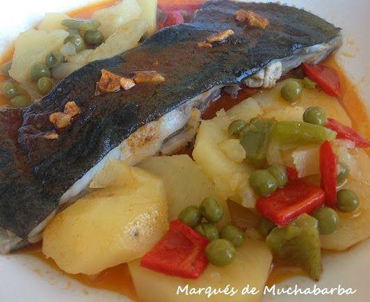 El Rodaballo Es Un Pescado Blanco Muy Sabroso De Piel Gelatinosa Y Carne Dura En Esta Ocasión He Querido Hacer El Comida Patatas En Rodajas Recetas De Cocina