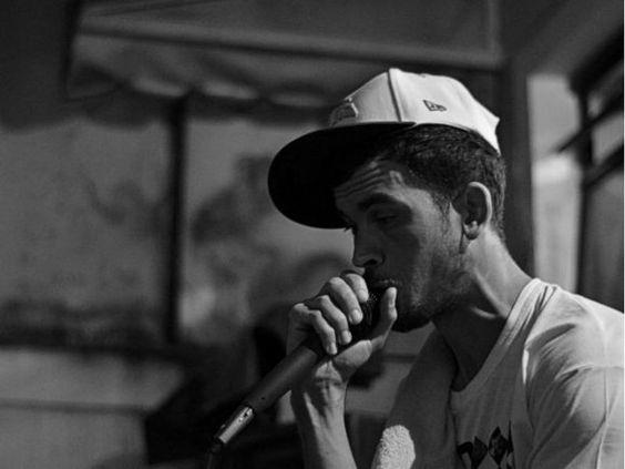 No sábado, 13, a partir das 15h, o Uvaia Hostel promove o Fino do Rap. O evento conta com a rapper Tati Botelho, conhecida como Zica da Catarina, intervenção poética dos Poetas Ambulantes, live painting do artista Rodrigo Branco e discotecagem do DJ F-Zero e DJ Nando.