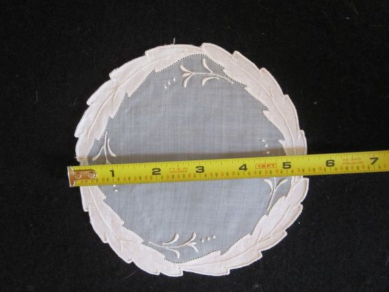 SET 12 WHITE ORGANDY EMBROIDERED LINEN MARGHAB OR MADEIRA DOILIES COASTERS NICE!