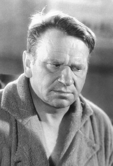 """BEST ACTOR: Wallace Beery in """"The Champ"""". The two actors tied for the award that year."""