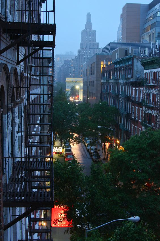 Day 12: The start of a rainy week, Washington Square Park, Greenwich Village, NYC