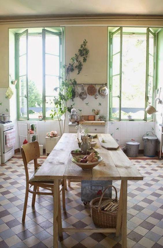 """Virlova Interiorismo: [Reinstatement] Vivir en un castillo de piedra y tonos """"mint"""":"""