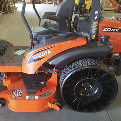 Tweel Turf Airless Radial Tire 26 X 12 12n For Kubota Zero Turn Mowers By Michelin Kubota Tractors Commercial Mowers Zero Turn Mowers