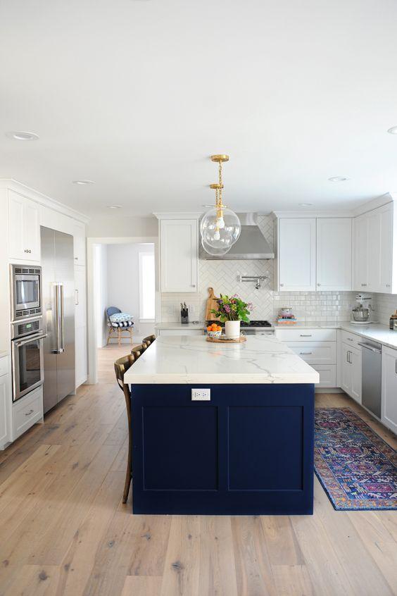 Beautiful Kitchen Inspiration Kitchen Kitchendesign Kitcheninspo Kitchenremodel Kitchenideas In 2020 White Kitchen Design Home Kitchens Kitchen Remodel