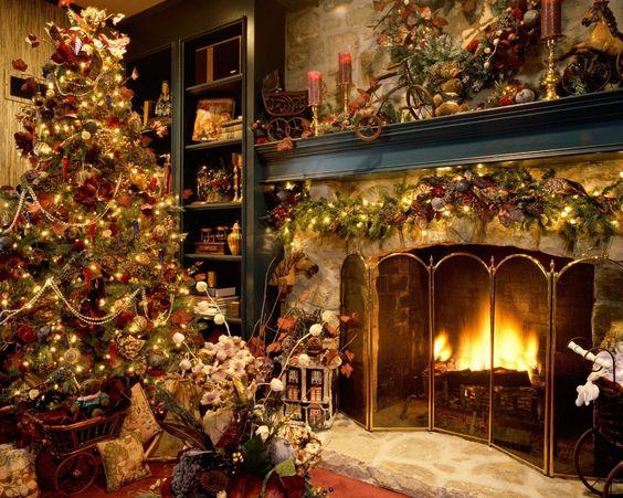 Decora le feste con un meraviglioso albero di Natale! #Dalani #Natale #Baita…