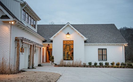 Farm house garage and bricks on pinterest for Farmhouse garage doors