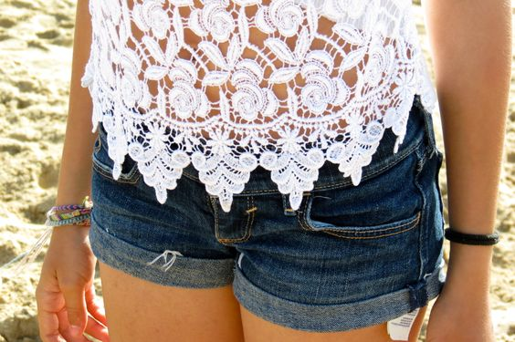 lace: Jean Shorts, Summer Fashion, Lace Tops, Summer Outfit, Fashion Style, Dream Closet, Summer Style, White Lace, Lace Shirts