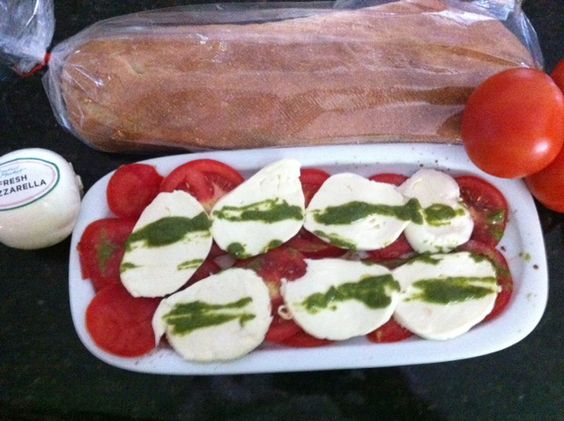 fresh mozz, tomatoes, homemade pesto, <3