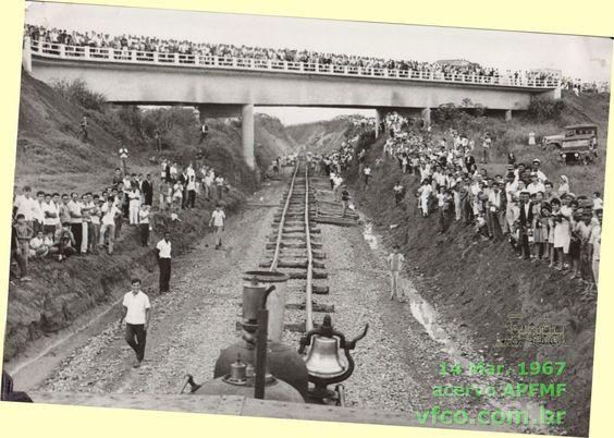 A chegada da ferrovia a Brasília
