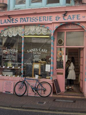 The Lanes Patesserie and Cafe, 30 Ship Street. Closed round 2011 and was replaced by Blackbird Tearooms
