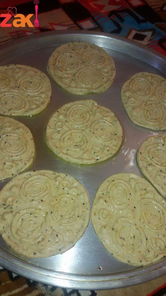 طريقة عمل اقراص العيد زاكي Dinner Rolls Easy Arabic Dessert Cooking Recipes