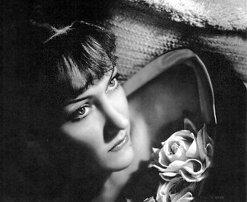 Gloria Swanson zählt zu den weltweit bekanntesten Stars aus der Stummfilmzeit.