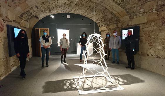 El Centro del Cáncer inaugura la exposición 'Con-Ciencia-Con-Arte' para explicar la ciencia a través del arte