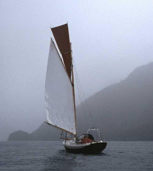 """Gartside Boats - Custom Boatbuilding - 22ft Gaff Cutter """"Surprise"""" Design#95"""