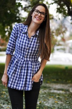 Here are some great ideas to upcycle your husband's old shirts you have been holding onto for so many years. Give them a new life ! ;) 1. Men's Button up To Women's Button up TUTORIAL Y…