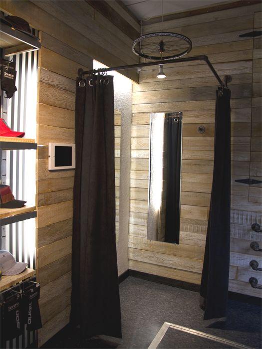corner change room store layout