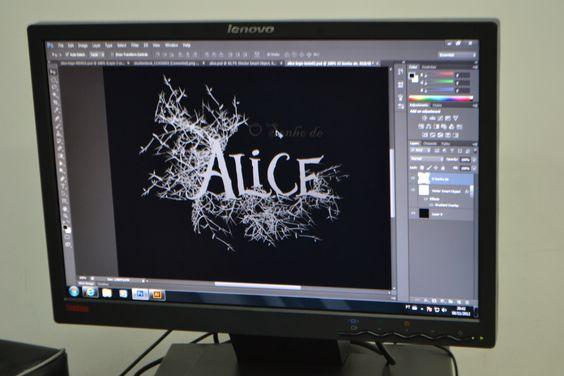 """Construção do logotipo de """"O Sonho de Alice"""""""