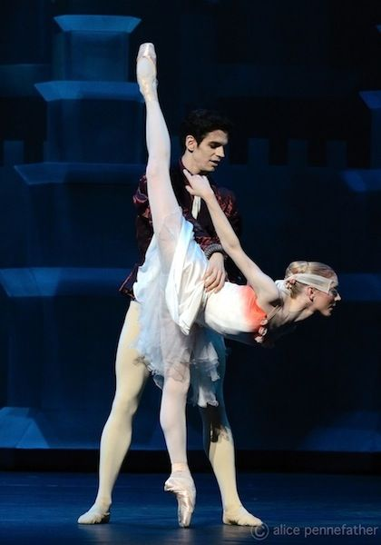 Sarah Lamb & Federico Bonelli in Prince of the Pagodas. Photo: Alice Pennefather