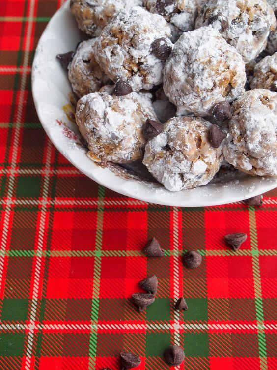 Lake Shore Lady: Peanut Butter Snowballs