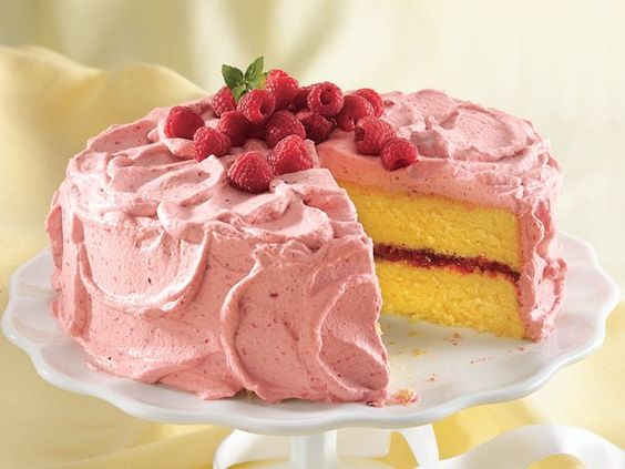 Lemon Cake with Raspberry Mousse: