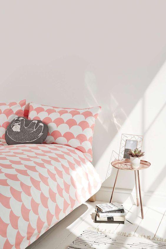 urban outfitters parure de lit geometrique blanche et rose housse de couette et linge de maison - Housse De Couette Romantique Rose