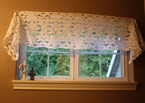 Make A Valance From A Table Runner Window Treatments