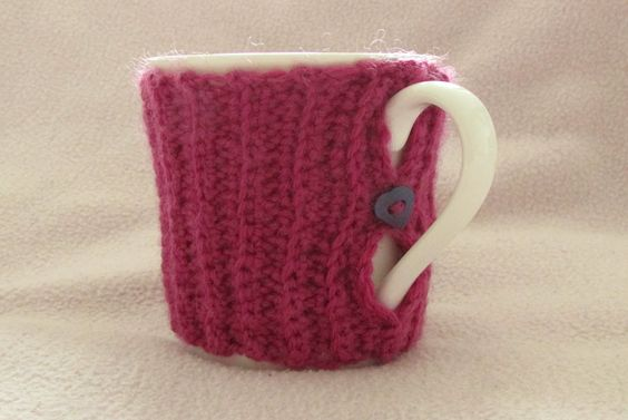VERY EASY crochet mug cozy tutorial - ribbed crochet mug cozy
