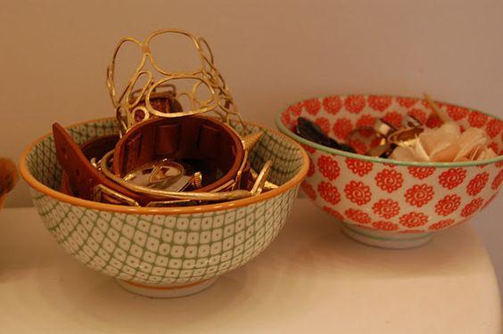 anthropologie bowls as jewelry storage...