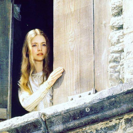 Judi Bowker in Brother Sun Sister Moon