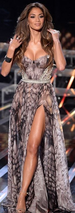 Who made  Nicole Scherzinger's sweetheart strapless gown and nude ankle strap sandals? Kristian Aadnevik