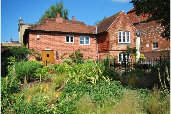 Lovely 3 bedroom detached house in Winchester..