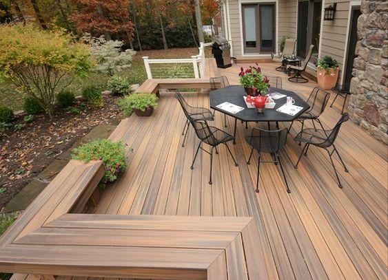 Un deck es una plataforma o cubierta de madera que se usa para revestir el suelo…