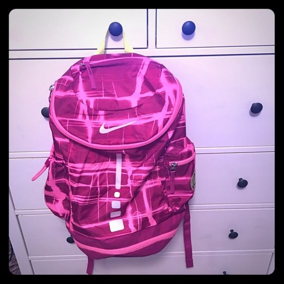 Nike Elite backpack Great condition. Used maybe 1 time. No signs of wear and tear at all.has a basketball holder and several pockets. Nike Bags Backpacks