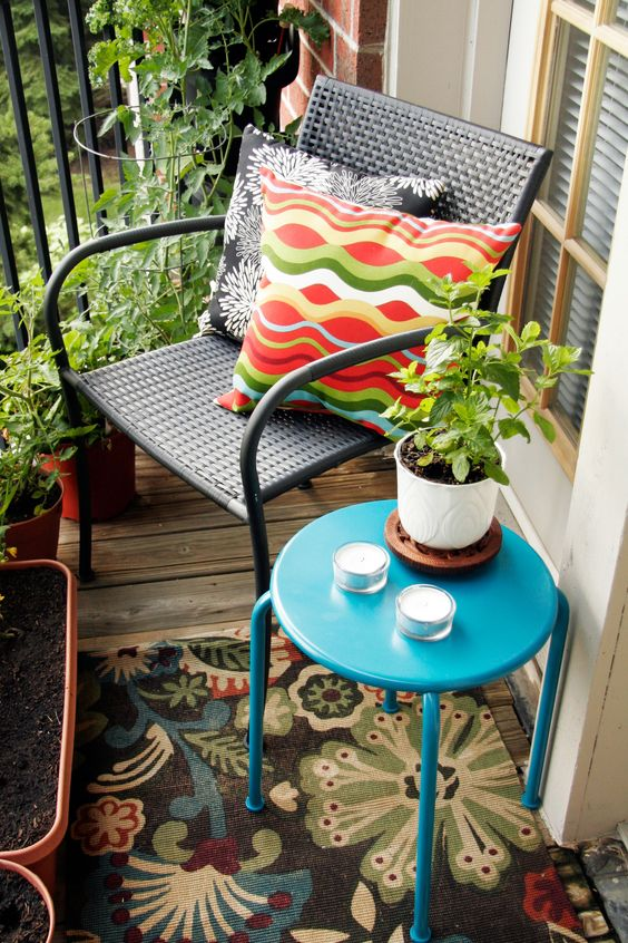 10 Brilliant Ideas for Decorating a Small Patio-(If you're lucky enough to have outdoor space, you've hit the jackpot in NYC!: