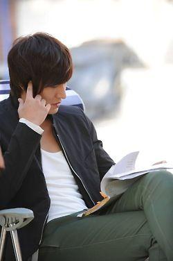 Lee Min Ho. Going over the script for City Hunter