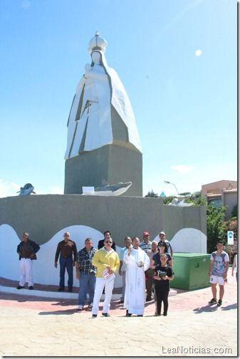 Gobernador de Anzoátegui inauguró monumento a la Virgen del Valle - http://www.leanoticias.com/2012/12/13/gobernador-de-anzoategui-inauguro-monumento-a-la-virgen-del-valle/