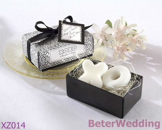 48pcs=24box Hugs and Kisses Scented Soaps Baby shower Favor XZ014 kids birthday party Favor idea Shanghai Beter Gifts Co Ltd 上海倍樂禮品 Your Baby Baptism Party or Birthday Party Gifts Ideas http://www.aliexpress.com/store/product/novelty-Bride-and-Groom-Wedding-Bubble-Favors-48pcs-24pair-ZH015-Wedding-Gift-BeterWedding-Shanghai-Beter-Gifts/512567_578785475.html #babygifts #partygifts #uniquefavors